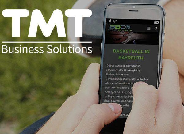 Handy mit BBC Seite und TMT Logo
